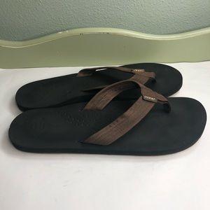 Reef sandals flip flops men size 13 brown color